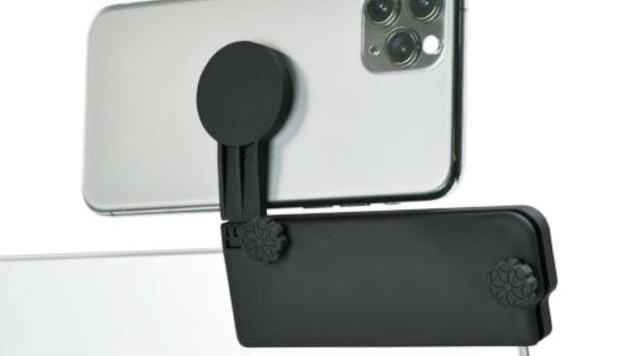 【新商品】ノートPCのベゼル部分にスマホを装着するスマートフォンホルダー「GH-SHA-BK」を、グリーンハウスから発売